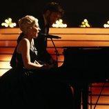 Rocío Madrid y Alex O'Dogherty son Lady Gaga y Bradley Cooper en la Gala 9 de 'Tu cara me suena 8'