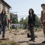 Iris, Silas, Hope y Elton en 'The Walking Dead: World Beyond'
