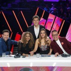Manel Fuentes y el jurado de 'Tu cara me suena 8' en la Gala 11