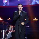 Jorge González es Enrique Heredia en la Gala 11 de 'Tu cara me suena 8'