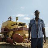 Ato Essandoh es Gaddis en 'Tales from the Loop'