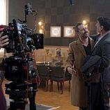 Hugo Silva y Nacho Fresneda en el rodaje de 'El Ministerio del Tiempo'
