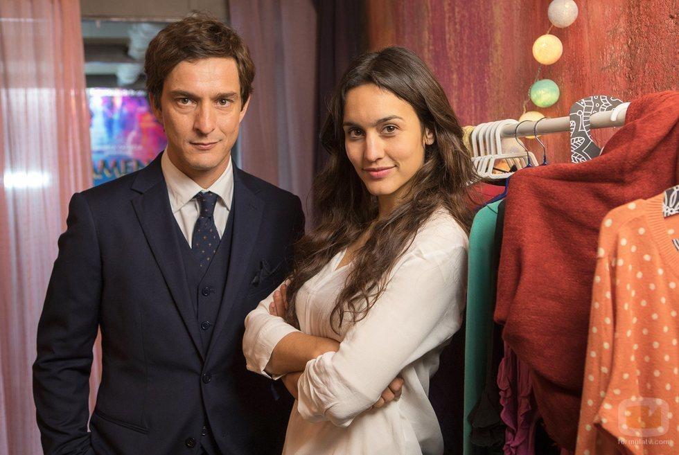 Alessandro Tiberi y Megan Montaner, protagonistas de 'Lejos de ti'