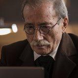 Manolo Cal como Benito Pérez Galdós en 'El Ministerio del Tiempo'