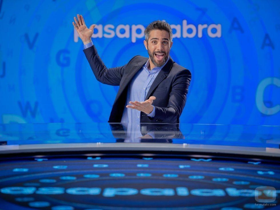 Roberto Leal en el plató de 'Pasapalabra' en Antena 3