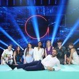 Roberto Leal y los concursantes de 'OT 2020' en la Gala 12