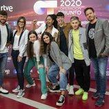 Ricky Merino, Noemí Galera y Brian Sellei con los finalistas de 'OT 2020'