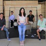 Elena Rivera junto a sus compañeros de reparto de 'Alba'