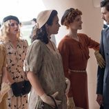 Sofía, Carlota, Marga, Sara y Francisco en la temporada final de 'Las chicas del cable'