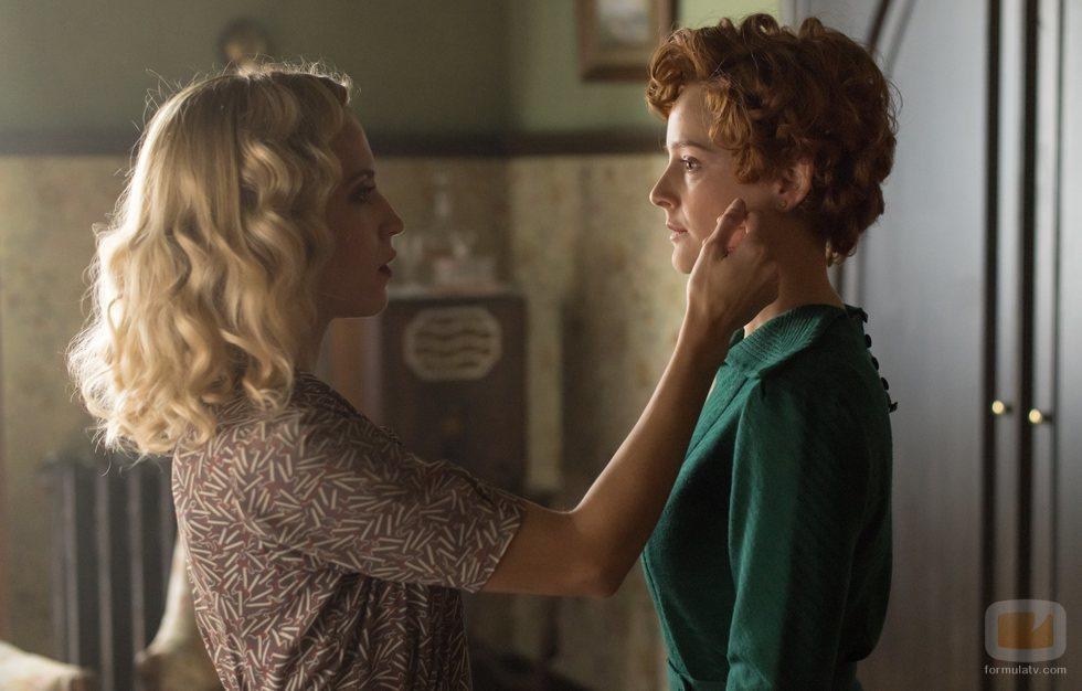 Ana Fernández y Ana Polvorosa en la temporada final de 'Las chicas del cable'