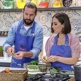 Javier Peña y Tamará Falcó cocinan en 'Cocina al punto con Peña y Tamara'