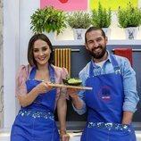 Tamara Falcó y Javier Peña presentan un plato en 'Cocina al punto con Peña y Tamara'