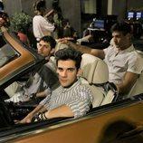 Álvaro Rico, Pol Hermoso y Jason Fernández, en el coche en 'Alba'