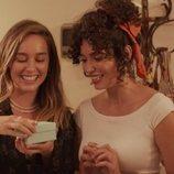 Luisita, muy emocionada con Amelia en la segunda temporada de '#Luimelia'