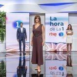 Mónica López y el equipo de 'La hora de La 1'