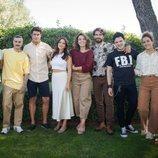 José Lamuño junto al resto del reparto de 'FoQ: El reencuentro'