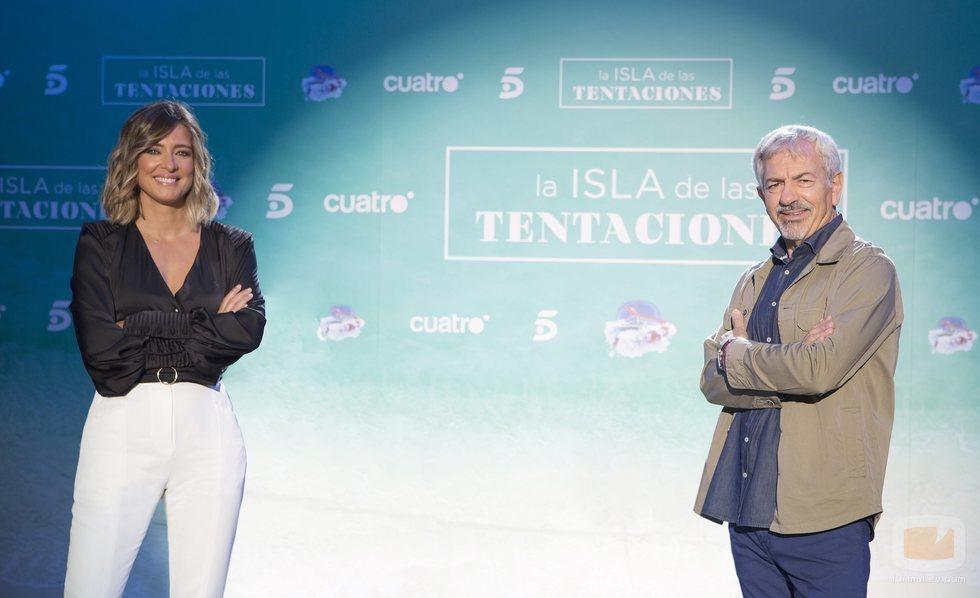 Sandra Barneda y Carlos Sobera, presentadores de 'La isla de las tentaciones 2'