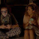 Marina de Miguel y Toni Acosta, en la segunda temporada de 'Señoras del (h)AMPA'
