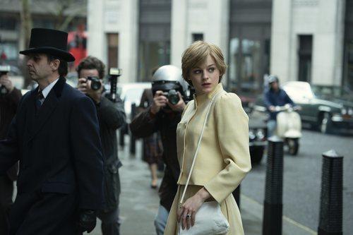 Emma Corrin es Lady Di en la temporada 4 de 'The Crown'