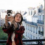 Lily Collins es Emily Cooper en 'Emily en París'