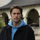Lucas Bravo en 'Emily en París'