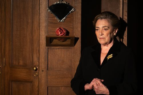 Carmen Maura se mete en la piel de Amparo en 'Alguien tiene que morir'