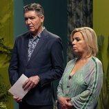 Ángel Garó y Carmen Borrego en el 1x08 de 'Veneno'