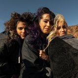 Verónica Sánchez, Lali Espósito y Yany Prado en el rodaje de 'Sky Rojo'