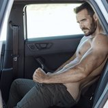 Saúl Craviotto se desnuda para su foto más sensual en Rísbel Magazine