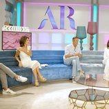 Joaquín Prat y Ana Rosa Quintana con los colaboradores de realitys en 'El programa de Ana Rosa'