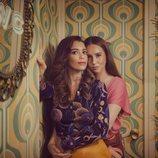 Amelia y Luisita, abrazadas, posan en '#Luimelia 77'
