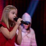 Alicja Tracz, representante de Polonia, en la Gran Final de Eurovisión Junior 2020