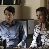 Daniel y Amanda LaRusso en la tercera temporada de 'Cobra Kai'