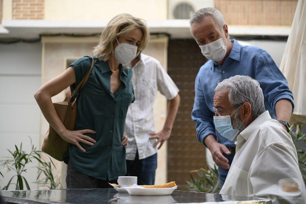 Silvia Abascal, Carlos Hipólito e Imanol Arias en 'Cuéntame cómo pasó'