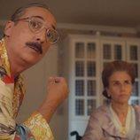 Javier Coll  y Mona Martínez en 'Deudas'