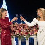 Anne Igartiburu y Ana Obregón brindan por el 2021 en las Campanadas