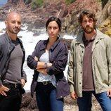 Alain Hernández, Megan Montaner y Félix Gómez en 'La caza. Tramuntana'