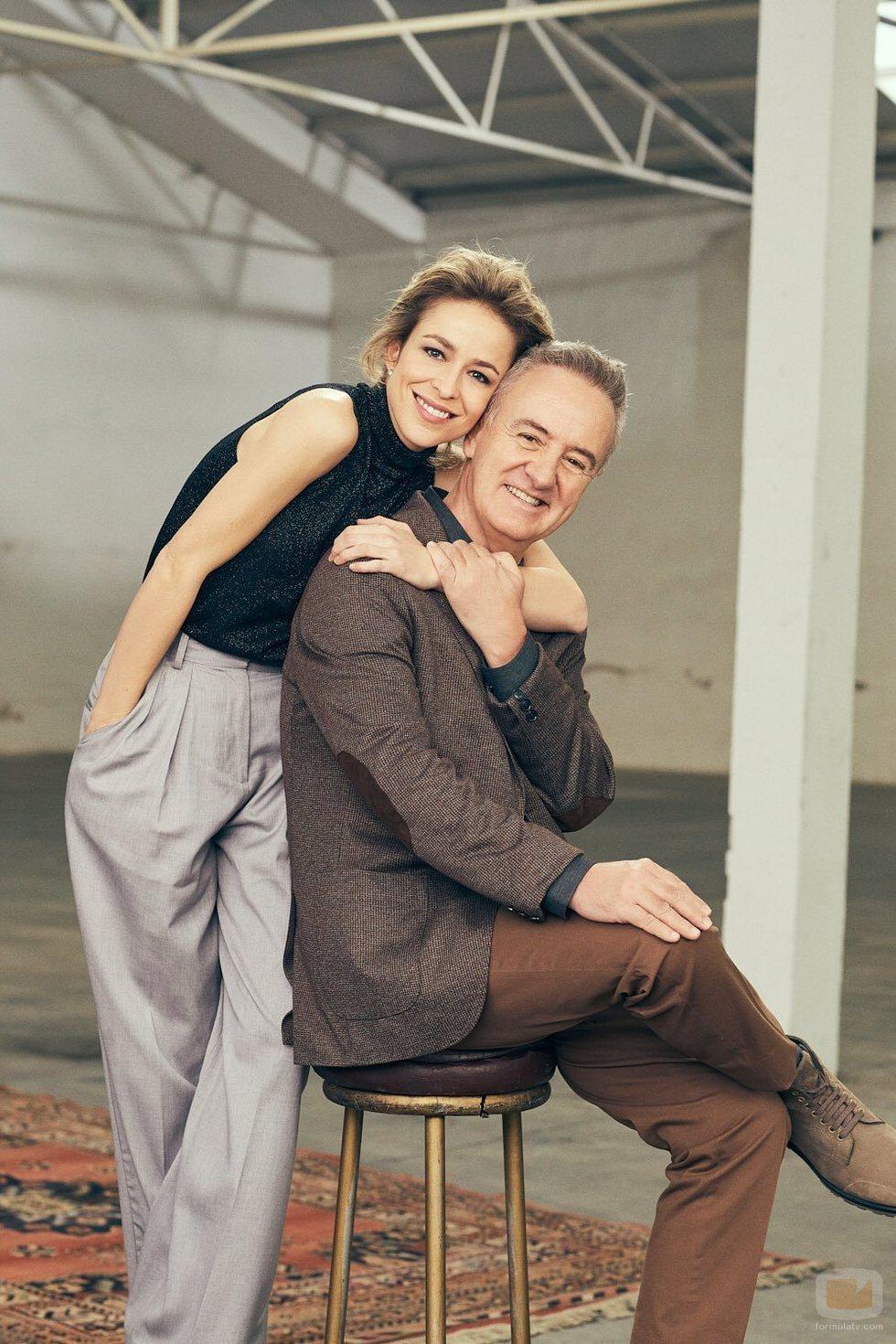 Silvia Abascal y Carlos Hipólito en la temporada 21 de 'Cuéntame'