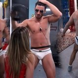 Noel Bayarri se desnuda en 'Solos'