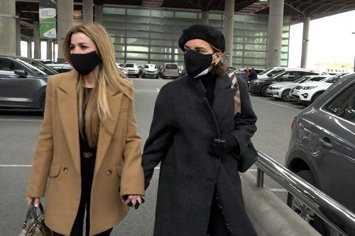 Natalia y Chenoa viajan hasta Barcelona para despedirse de Álex Casademunt