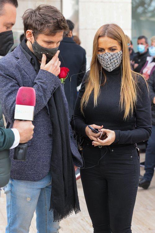 Javián y Marta López asisten al funeral de Àlex Casademunt