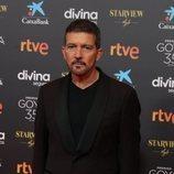 Antonio Banderas en la alfombra roja de los Premios Goya 2021