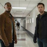 Sam Wilson (Anthony Mackie) y Bucky Barnes (Sebastian Stan) en 'Falcon y el Soldado de Invierno'
