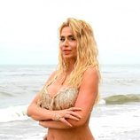 Valeria Marini posa en bikini en 'Supervivientes 2021'