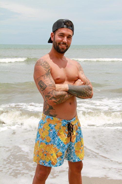 Omar Sánchez posa en bañador en las playas de 'Supervivientes 2021'