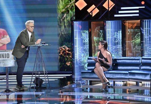 Jordi González, hablando con Gloria Camila en 'Supervivientes: Conexión Honduras'