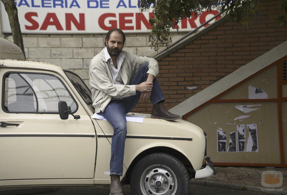 Borja Fano como Oriol en la temporada 21 de 'Cuéntame'