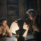 Aidan Turner y Giancarlo Giannini en 'Leonardo'