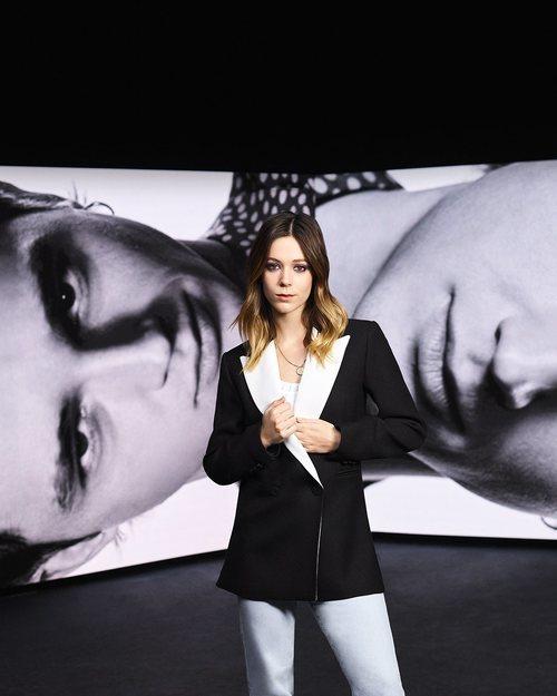 Posado de Georgina Amorós y Pol Granch para la cuarta temporada de 'Élite'
