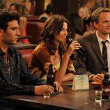 Neil Patrick Harris, Corbie Smulders y Josh Radnor en 'Cómo conocí a vuestra madre'